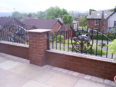 Ref: RA012 Wall and Garden Railings