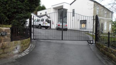 Ref:GTO60 Electric Gates Manchester