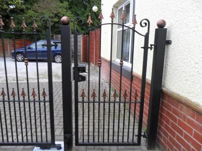 Ref:GTO46 Wrought Iron Gate with manual Keycode