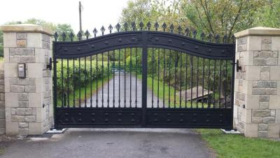 Ref:GTO70 Electric gates in Bolton